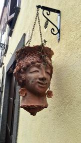 Head planter in Bolsena