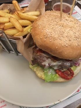 My delicious veggie burger in Borgo